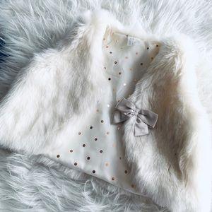 Adorable faux fur vest 🎀